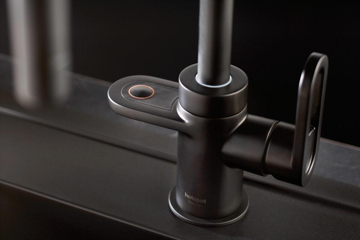 Hotspot Titanium matte zwarte kraan