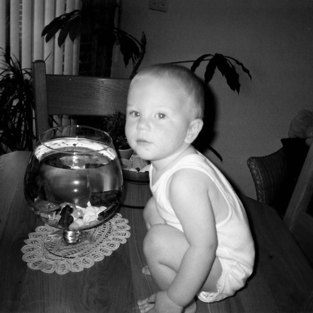 Maarten kinderfoto Red Banana